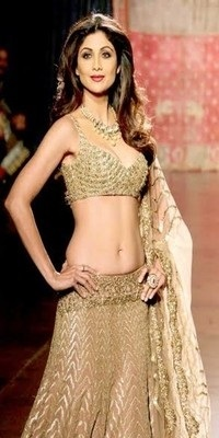 Shilpa Shetty Biography, Age, Height, Daughter, Husband, Son, Awards, Affairs, Controversies 9