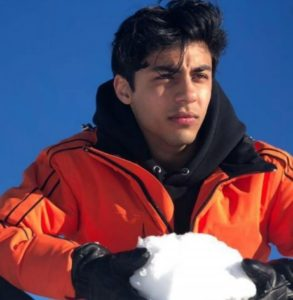 Aryan Khan Biography, Age, Height, Lifestyle, Movies, Friends, Photos - gulabigangofficial.in 1
