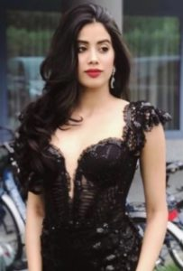 Jhanvi Kapoor Biography, Mother, Father, Sisters, Movie, Birthday - gulabigangofficial.in 2
