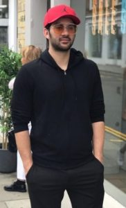 Karan Deol Biography, Age, Father, Mother, Brother, Movie, Birthday - gulabigangofficial.in 11