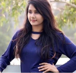 Divya Upadhyay Biography, TikTok Star, Youtuber, Photos, Videos, Instagram, Income 5