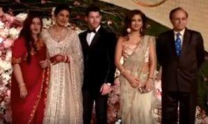 Meera Chopra Biography, Photos, Instagram, Videos, Movies, Family - gulabigangofficial.in 5