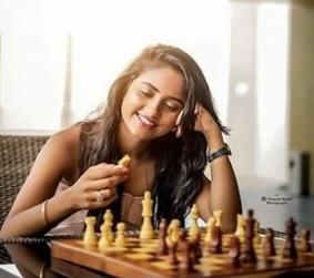 Nisha Guragain Biography TikTok Star, Age, Photos, Watch Videos, Instagram - gulabigangofficial.in 7