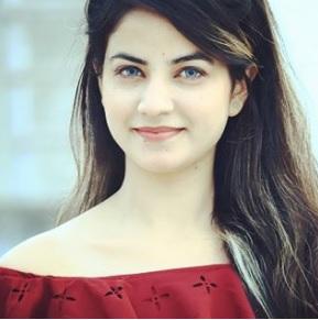 Priyanka Mongia Biography, TikTok Star, Age, Photos, Watch Videos, Instagram - gulabigangofficial.in 2