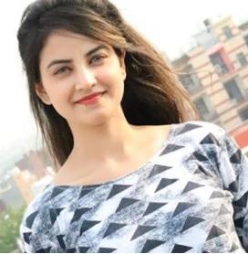 Priyanka Mongia Biography, TikTok Star, Age, Photos, Watch Videos, Instagram - gulabigangofficial.in 8