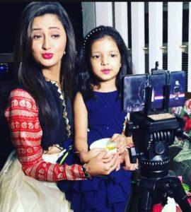Rashmi Desai Biography - Bigg Boss 13 Contestant, Husband, Daughter, Affair, Controversies, Birthday 12