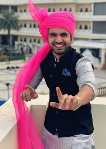 Ayush Mehra Biography - Actor, Age, Height, Family, Girlfriend, Movie, Web Series - gulabigangofficial.in 9