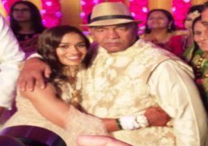 Babita Phogat Biography - Wrestler, Baby Boy, Husband, Marriage Photos, Sisters, Father, Nach Baliye, BJP, Awards - gulabigangofficial.in 24