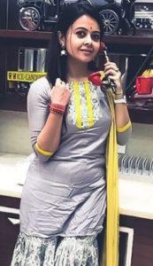 Devoleena Bhattacharjee Biography - Bigg Boss 13 Contestants, Family, Age, Assamese Song, Videos, TV Shows, Contact Details 3