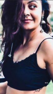Devoleena Bhattacharjee Biography - Bigg Boss 13 Contestants, Family, Age, Assamese Song, Videos, TV Shows, Contact Details 15