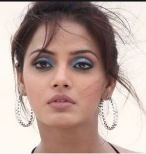 Neetu Chandra Biography, Age, Husband, Family, Movies, Songs, Videos, Photos - gulabigangofficial.in 3