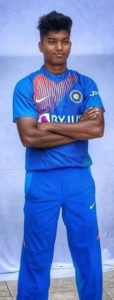 Pooja Vastrakar Biography - Female Cricketer, Age, Height, Profile, Family, Twitter - gulabigangofficial.in 1