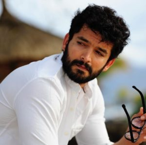 Diganth Biography, Age, Wife, Family, Movie, Awards, Photos, Contact 11