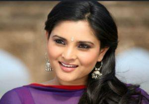 Divya Spandana(Ramya) Biography, Age, Family, Husband, Movies, Congress Social Media Chief, 3