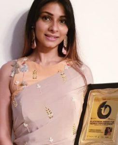 Tanisha Mukharjee Biography, Age, Wife, Family, Movie, TV Shows, Photos, Contact 11