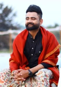 Amrit Maan Biography, New Punjabi Songs, Age, Birthday, Wife, Family, Contact 5