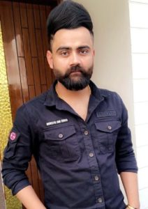 Amrit Maan Biography, New Punjabi Songs, Age, Birthday, Wife, Family, Contact 3