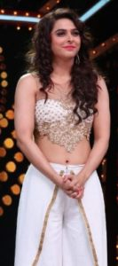 Madhurima Tuli Biography - Bigg Boss 13 Wild Card Contestant, TV Shows, Movies, Age, Boyfriend 5