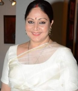 Rati Agnihotri Biography, Age, Son, Husband, Family, Movies, Songs, Latest News - gulabigangofficial.in 3