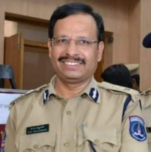 VC Sajjanar (IPS) Biography, Encounter Specialist, Family, Caste, Religion, Contact Details - gulabigangofficial.in 1