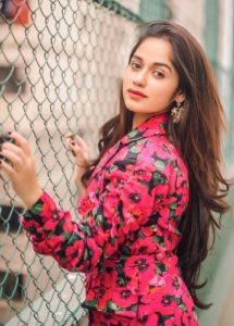 Jannat Zubair Biography, Height, Age, TV Serials, Movies, Songs, Short Films, Family 5