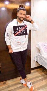 Balraj Syal Biography, Age, TV Shows, Wife, Family, Mujhse Shaadi Karoge Show, KKK10 5