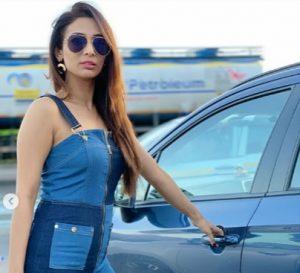 Heena Panchal Biography, Mujhse Shaadi Karoge Contestant, Age, Father, Family, Songs, Movies 5