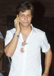 Mayank Agnihotri Biography, Mujhse Shaadi Karoge Contestant, Business, Wife, Divorce 5