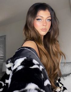 Loren Gray Biography, Tik Tok, Birthday, Age, Height, Father, Mother, Family, Instagram 8