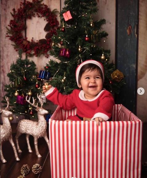 Anayra Sharma Photo on Christmas Eve