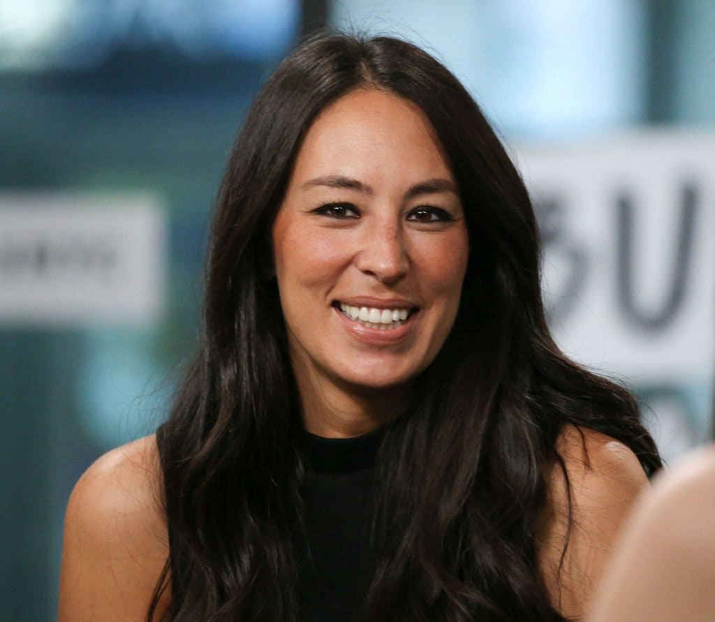 Joanna Gaines Biography, Education, Facts, Family & More 3