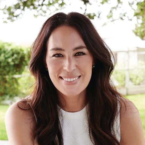 Joanna Gaines Biography, Education, Facts, Family & More 1