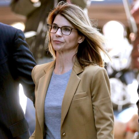 Lori Loughlin Biography, Education, Controversy, Net Worth & More 9