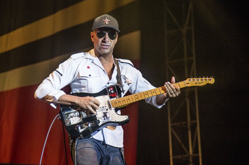 Tom Morello Biography, Age, Net Worth, Facts & More 3